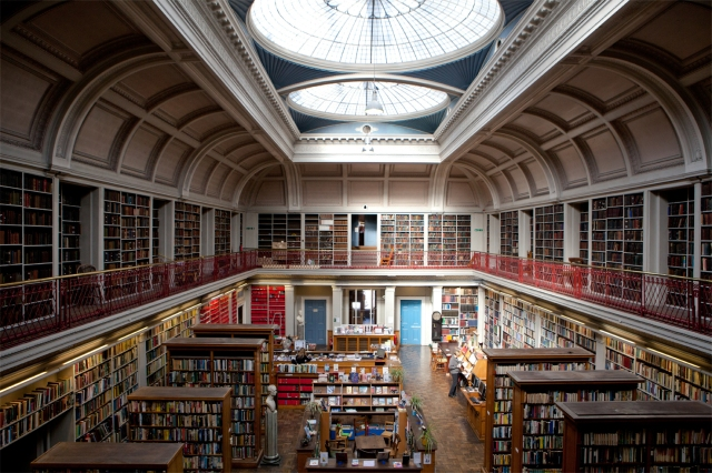 Literary and Philosophical Society Newcastle. Courtesy of www.philosopherstable.org