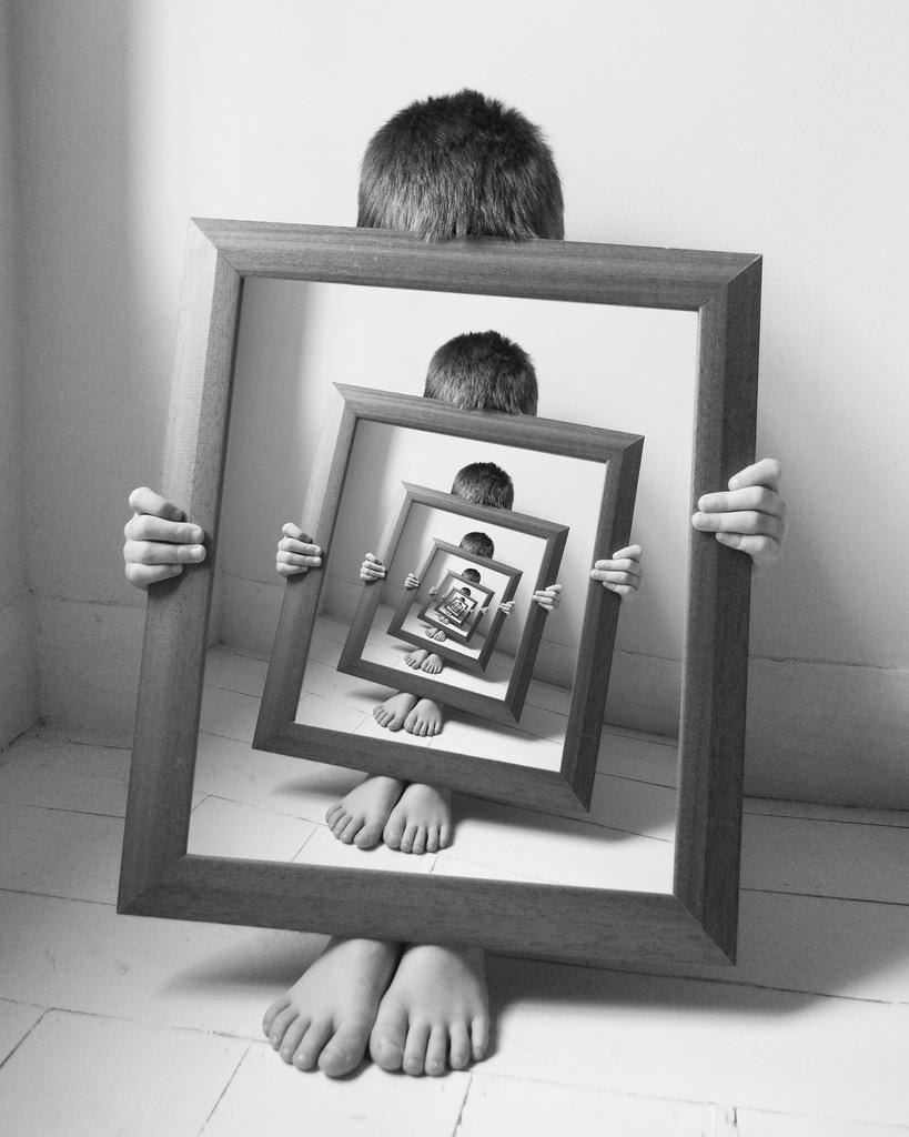Mise en abymes lastdyingwords for Autoportrait miroir